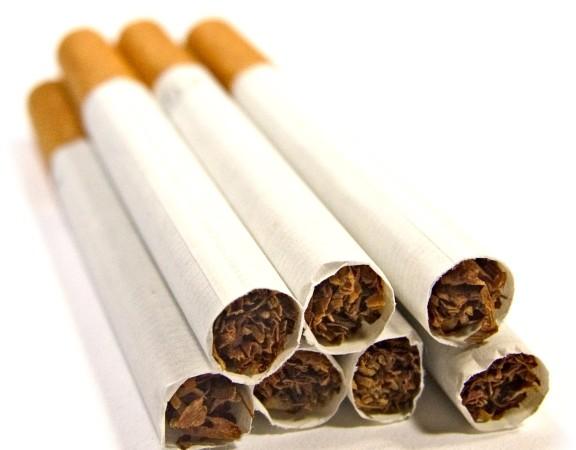 74180_cigarro-jovens
